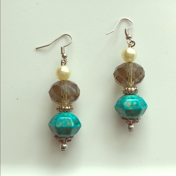 Jewelry - Beautiful glass earrings